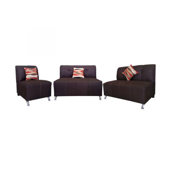 Sala de 3 sillones 2 lovset de 2 plazas y un sillon de una plaza, tapizado en tela color cafe